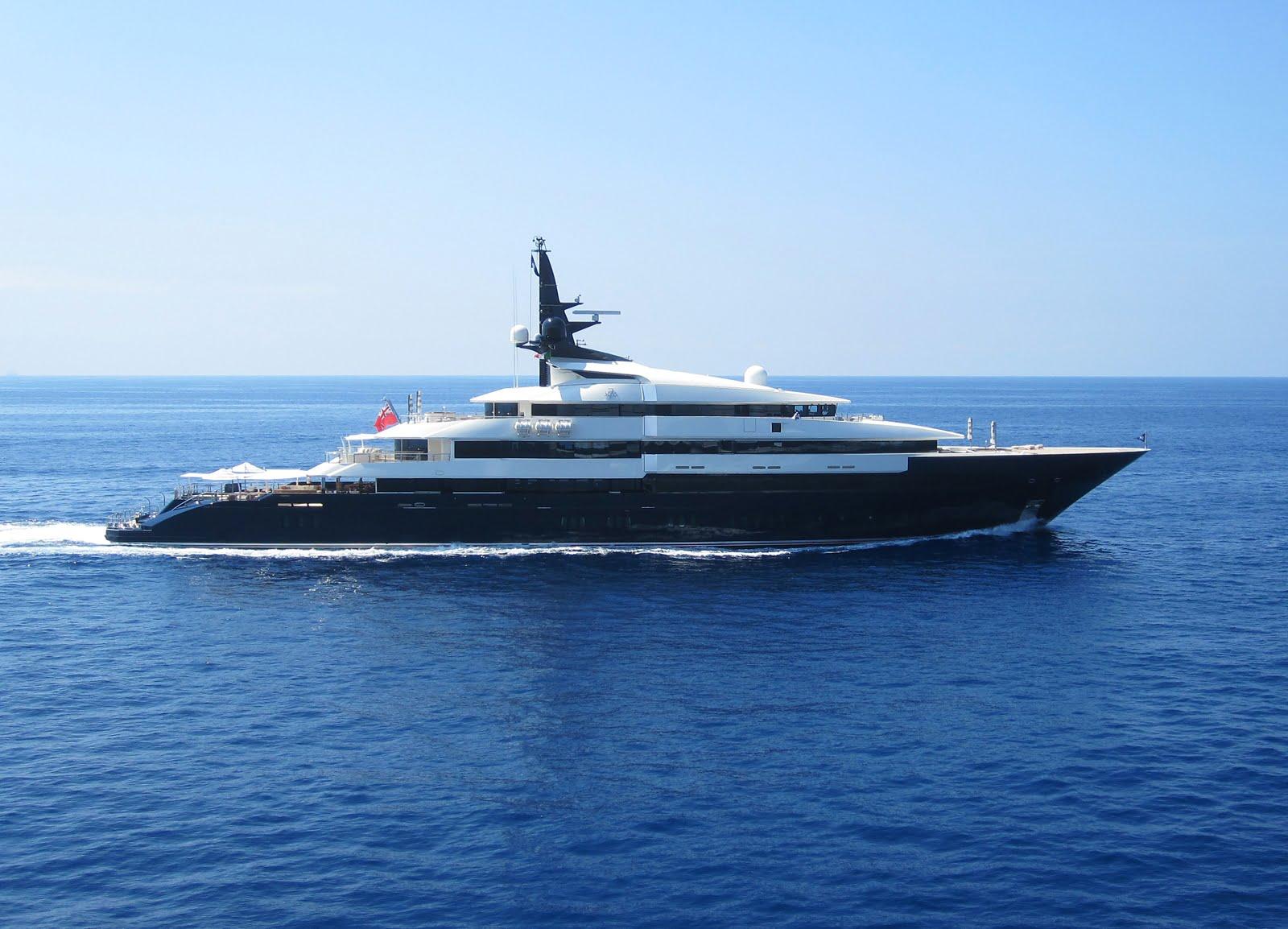 Seven Seas Superyacht